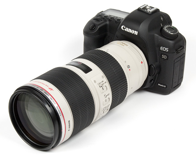 http://www.photozone.de/images/8Reviews/lenses/canon_70200_28is2/kit.jpg