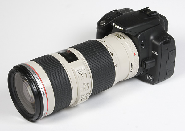 IMAGE: http://www.photozone.de/images/8Reviews/lenses/canon_70200_4is/kit.jpg